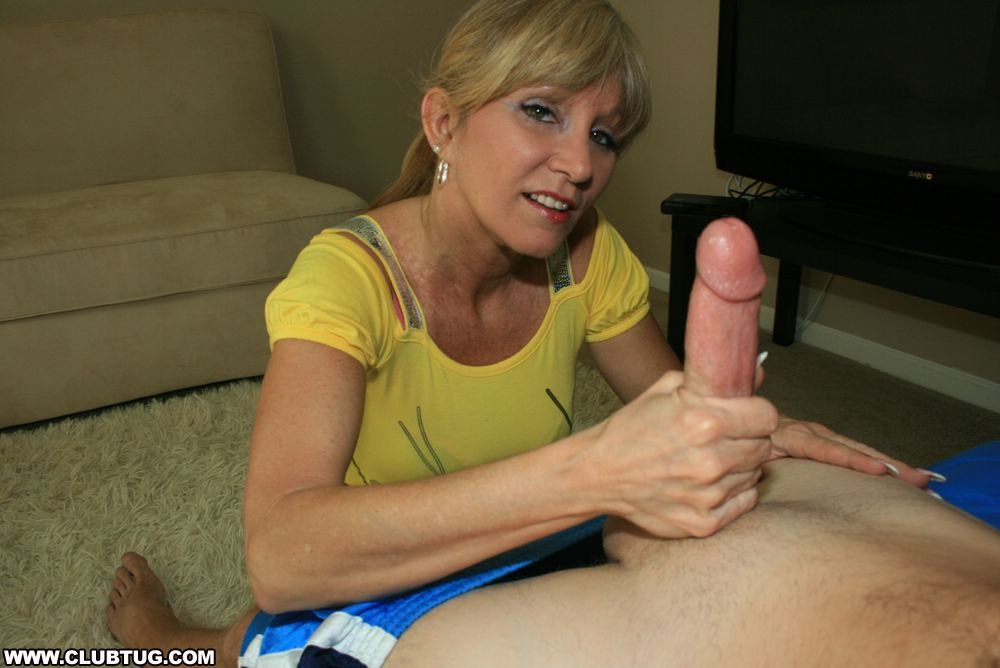 Dawna recommend Nude and hairy girls