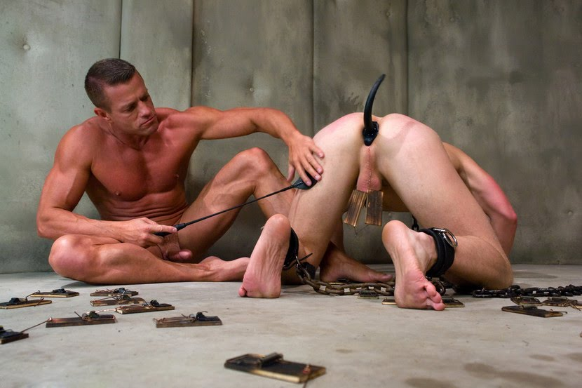 Aldaco recommend Gay glory hole male
