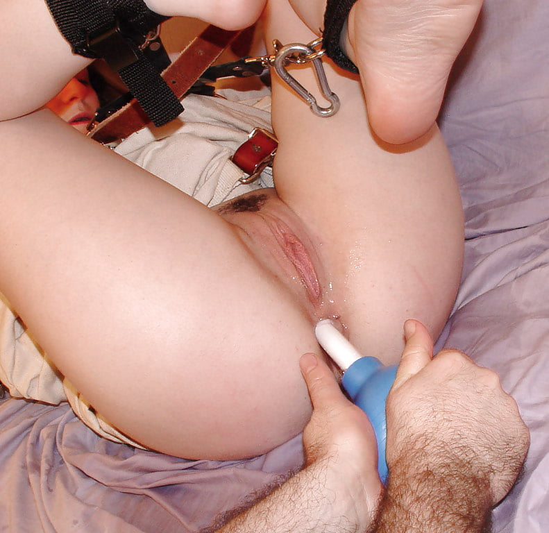 Belia recommend Girls with huge dildos