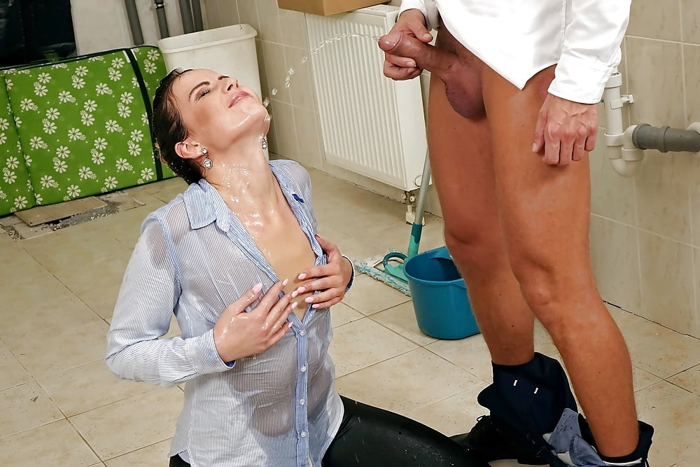 Loske recommends Naked mom licks sons cock