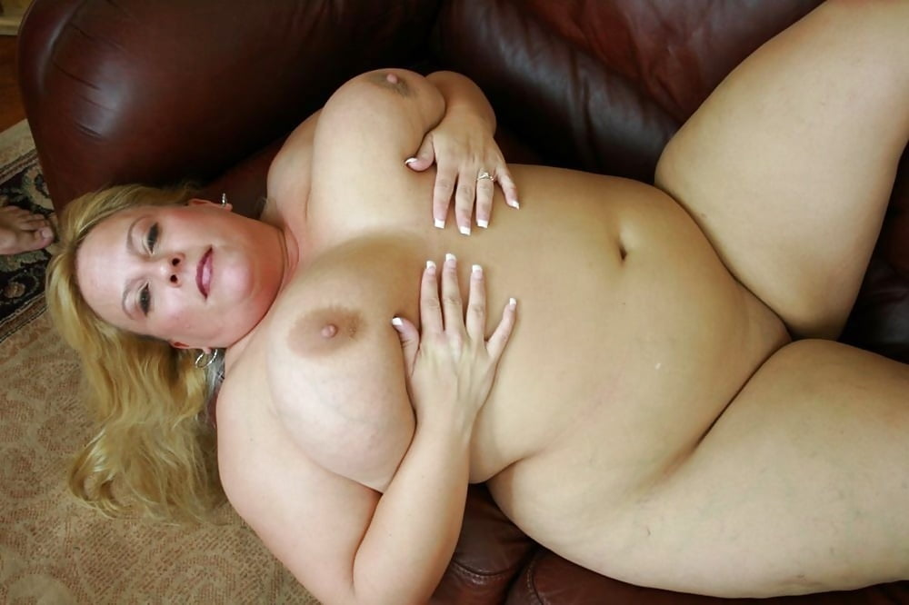 Cornelious recommend Sexy mature breast cleavages