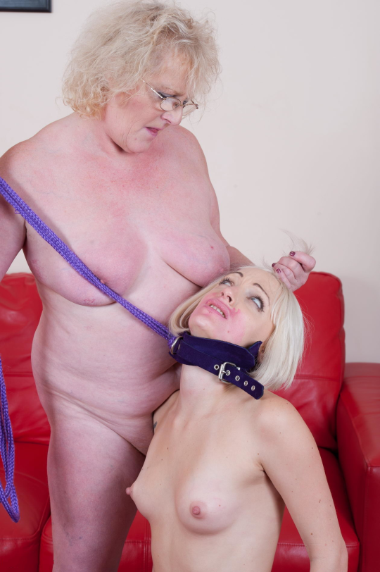 Taylor recommends Duge dildo video