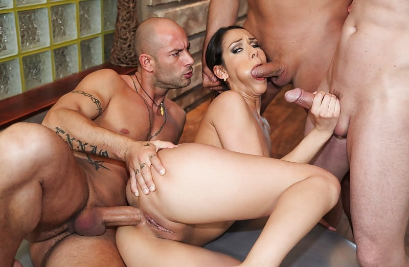 Robin recommend All the vids fo the girl from argentina blowjob